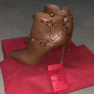 Authentic Valentino Rockstud booties